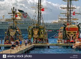 pirate ships stock photos u0026 pirate ships stock images alamy