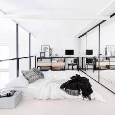 Interior Of Bedroom Image Https I Pinimg Com 736x B4 5f 59 B45f5954c564472