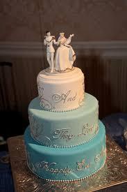 cinderella themed wedding cinderella inspired ombre cake http theproposalwedding