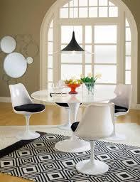 table tulip intérieur déco