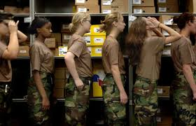 hairstyles for female army soldiers black female soldiers say the army s new hair rules are racist