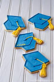 graduation cookies i heart baking graduation cap cookies