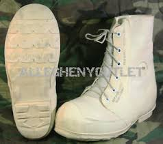 s boots 30 usgi cold weather mickey mouse bunny boots 30 white