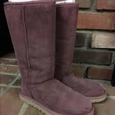 ugg shoes australia brown boots poshmark 61 ugg shoes ugg australia class boots size 6 plum wine
