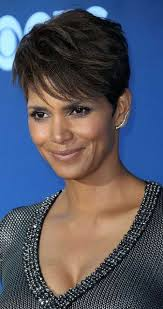 harry berry hairstyle the 25 best halle berry pixie ideas on pinterest halle berry
