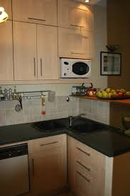peinturer comptoir de cuisine peinture grise cuisine avec evier a poser peinture murale beige