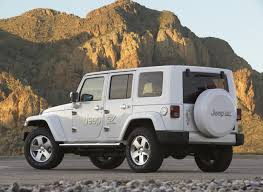 electric jeep chrysler debuts all electric dodge ev jeep ev and chrysler ev