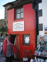 file the smallest house in great britain jpg wikimedia commons