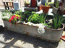 creative vegetable gardening vegetable gardens containers idea creative mehmetcetinsozler com