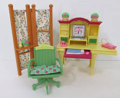 Little Tikes My Size Barbie Dollhouse by Vintage Little Tikes Dollhouse Family Mom Dad And Brother Son