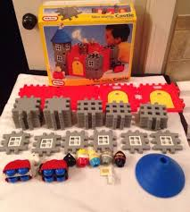 vintage 1991 little tikes wee waffle castle building set complete