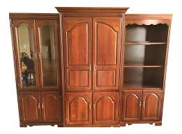 Living Room Cabinet Curio Cabinet Broyhill Cherryo Cabinet Furniture Cabinets