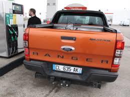 S  Ford Ranger Wildtrak au quotiden jour   de la boue de l angle et du croisement de pont        jpg Ford Ranger Wildtrack