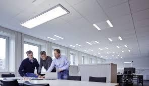 eclairage bureau led gestion de l éclairage par des professionnels trilux