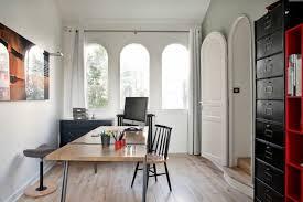 le ancienne de bureau ancienne maison dans la région parisienne totalement rénovée