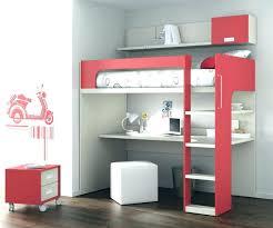 bureau sous mezzanine bureau pour lit table lit roulettes bureau pour mettre sous lit