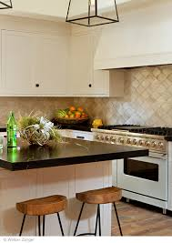 ContessaSilverArabesqueKitchenjpg - Walker zanger backsplash