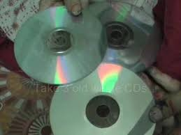 Home Decored Use Waste Music Video Cds To Make Decorative Items For Your Home
