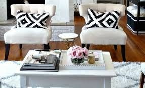Decorative Pillows Home Goods | 7 rooms that boot out winter with throw pillows