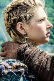 how to plait hair like lagertha lothbrok lagertha s braids awesome and so beautiful i m in love with