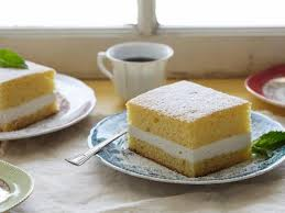 golden sponge cake with creamy filling recipe paula deen food