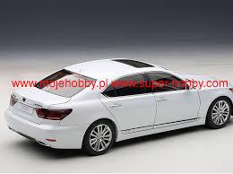 lexus ls zdjecia lexus ls600hl 2013 die cast model autoart 78843