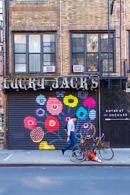 wear where well wear where well nyc mural guide 0045