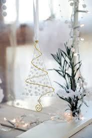 White Stuff Christmas Decorations by Best 25 White Xmas Tree Ideas On Pinterest White Christmas