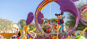 si e social disneyland disneyland and nearby theme parks huntington ca