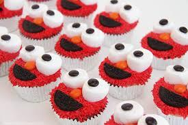 elmo cupcakes img 7349 wesley and jakes 3rd bday elmo elmo