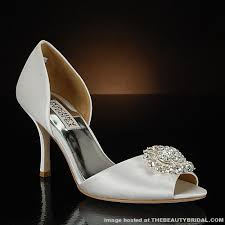 2 inch heel wedding shoes badgley mischka wedding shoes wedding dress hairstyles