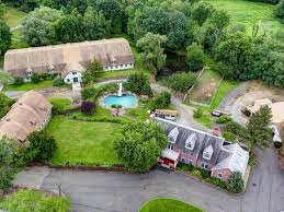 5 luxury houses to buy if you win the 650 million lottery jackpot