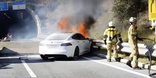 paul walker porsche fire tesla model s fire vs 35 firefighters u2013 watch impressive operation