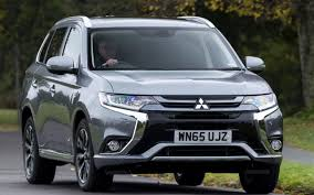 mitsubishi outlander 2016 white mitsubishi outlander review