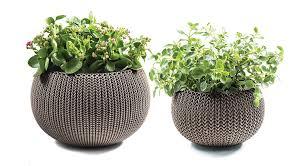 Planters And Pots Amazon Com Keter Cozies Plastic Planters Set Of 2 Knit Texture