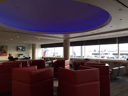 review delta sky club los angeles lax one mile at a time