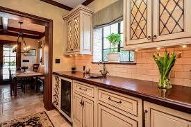Veneer Kitchen Backsplash Kitchen Astounding Kitchen With Brick Backsplash White Distressed