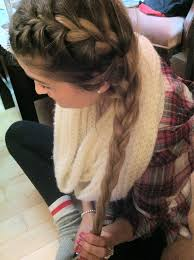 how to i french plait my own side hair if only i could braid my own hair must start practicing style