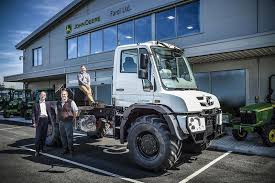 mercedes truck dealers uk farol takes on mercedes unimog dealership