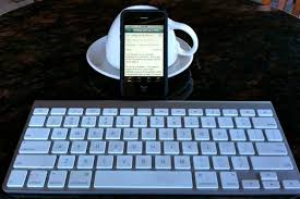 light up wireless keyboard writing with your iphone 4 independent knowledge professional