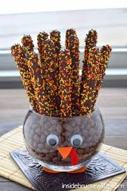 8 kid made thanksgiving centerpieces