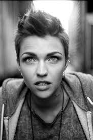 how to get ruby rose haircut 121 best ruby rose images on pinterest ruby rose model ruby