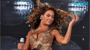 Beyonce Wedding Ring by No Wedding Ring For Beyonce At Met Gala Youtube