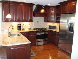 Kitchen Colors With Oak Cabinets And Black Countertops by Kitchen White Cabinets Dark Countertops Brown Kitchen Ideas