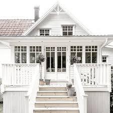 best 25 beach cottage exterior ideas on pinterest coastal