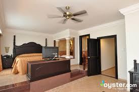 Oceanfront Suite Photos At Hotel Riu Montego Bay Oystercom - Riu montego bay family room
