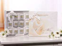 wedding gift jakarta yankee candle a royal wedding special edition gift set