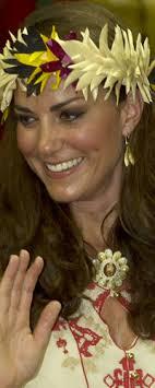 catherine zoraida earrings catherine zoraida gold leaf earrings kate middleton