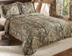 camo bedroom set amazon com realtree xtra mini comforter set queen tan camo home
