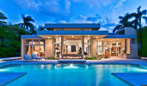 luxury design of the miami florida houses that has large modern